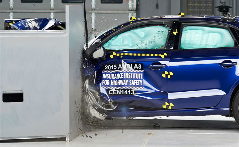 2015-audi-a3-safety-rating-iihs-top-safety-pick